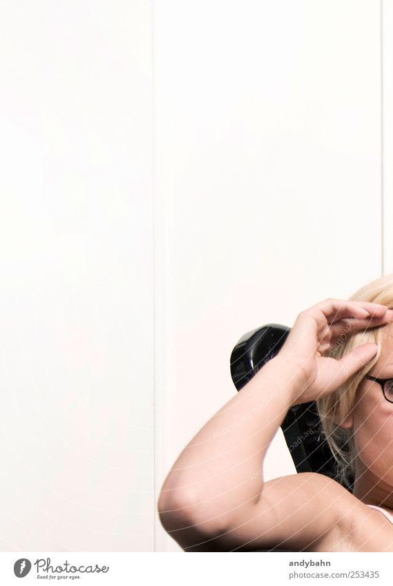 Zurücklehnen Jugendliche schön Erholung Zufriedenheit Arme Junge Frau Gelassenheit Wohlgefühl Sessel Achselhöhle