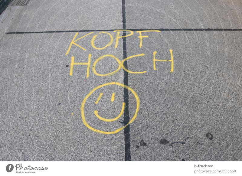 Kopf hoch Menschenleer Brücke schreiben frech Freundlichkeit Fröhlichkeit gelb grau Freude Glück selbstbewußt Optimismus Kraft Mut Leben Lebensfreude