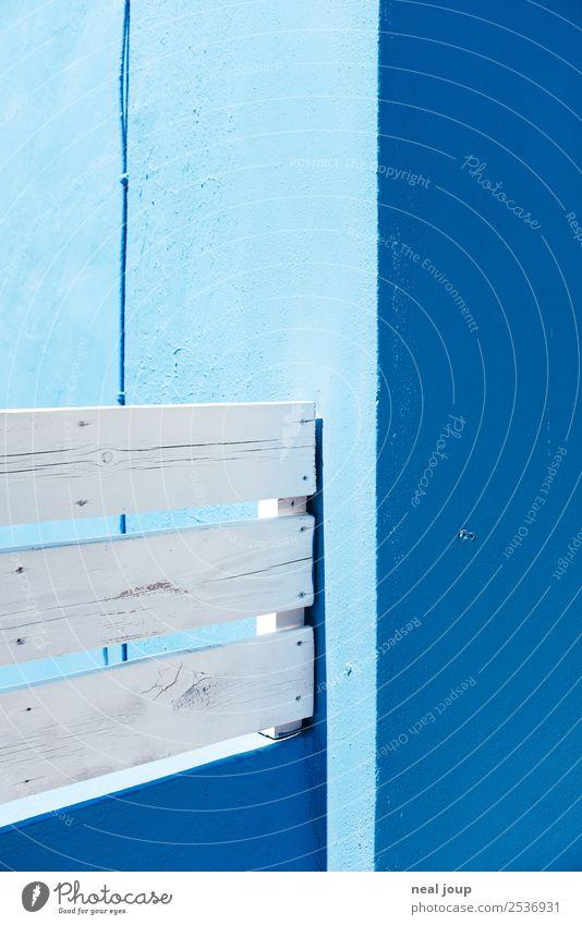 Komposition für Blau und Weiß Mauer Wand Geländer Holz eckig einfach blau weiß Ordnungsliebe Design Kultur Präzision minimalistisch Strukturen & Formen flach