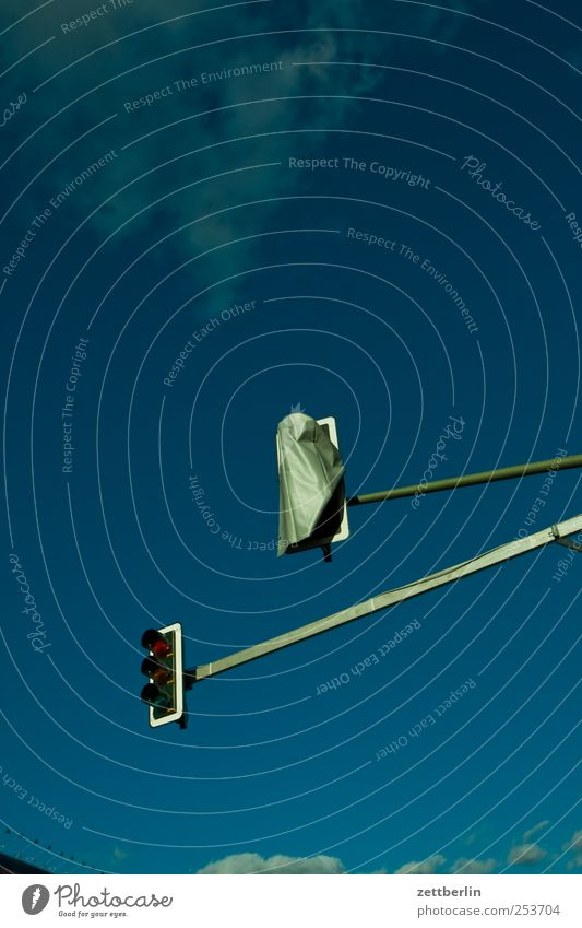 Zwei Ampeln Verkehr Verkehrswege Straßenkreuzung Verkehrszeichen Verkehrsschild Gesellschaft (Soziologie) Hilfsbereitschaft Hoffnung Kommunizieren Ordnung
