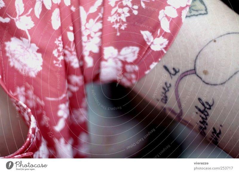 INK. schön Stil Stimmung Linie Zufriedenheit Arme warten Haut Design ästhetisch Coolness Stoff Kultur Kleid Kreativität Tattoo