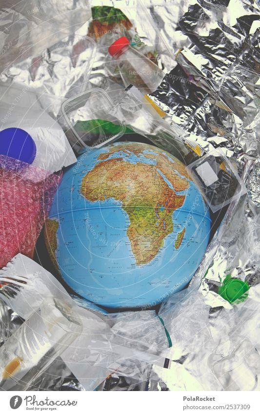 #A# Müllio Umwelt Kitsch Klimawandel Müllbehälter Müllsack Müllverwertung Müllentsorgung Recycling Recyclingcontainer Farbfoto Gedeckte Farben Innenaufnahme