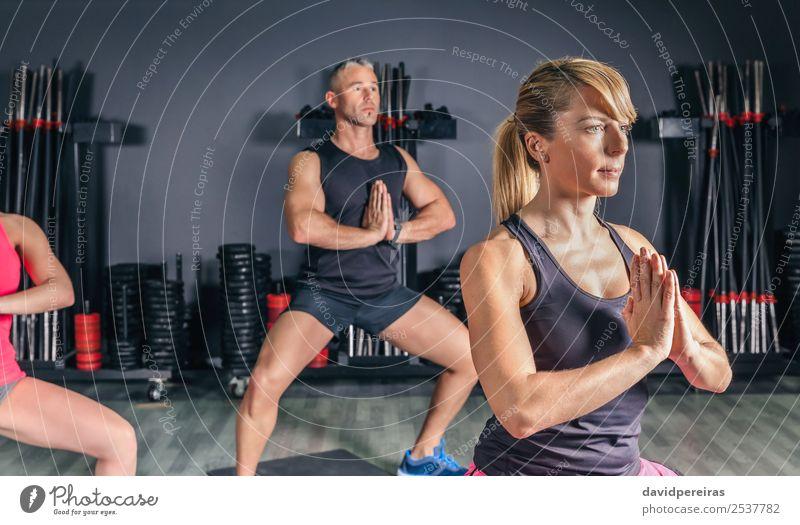 Frau Mann Hand Erwachsene Sport Glück Schule Menschengruppe Körper Aktion authentisch Arme Fitness Club Disco muskulös