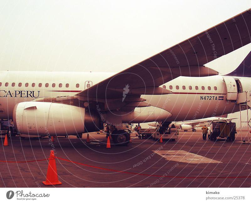 In Peru Flugzeug Flughafen Südamerika