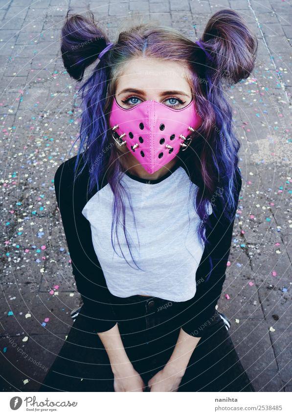 Punk junge Frau mit einer rosa Maske Lifestyle Stil Design exotisch Haare & Frisuren Mensch feminin Junge Frau Jugendliche Erwachsene 1 18-30 Jahre Kultur