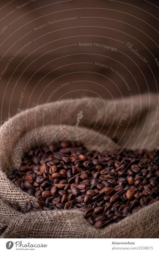 Sack mit frischen Kaffeebohnen Getreide Frühstück Lifestyle Liebe dunkel heiß lecker natürlich braun Energie Farbe arabica aromatisch Hintergrund Tasche Barista