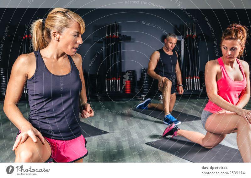 Frau Mann schön Lifestyle Erwachsene Sport Glück Schule Menschengruppe Freizeit & Hobby Körper Aktion authentisch Arme Fitness Club