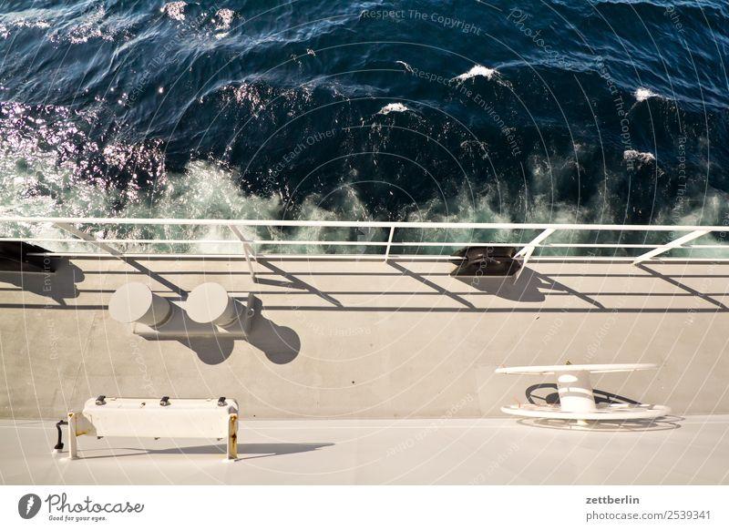 Fähre nach Lofoten Polarmeer Ferien & Urlaub & Reisen Fischereiwirtschaft maritim Meer Natur Norwegen Überfahrt Reisefotografie Wasserfahrzeug Schifffahrt