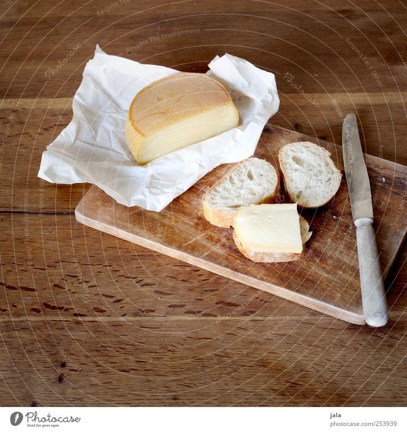 bissel käse und bissel brot Lebensmittel Käse Brot Ernährung Frühstück Mittagessen Abendessen Messer lecker Appetit & Hunger Farbfoto Innenaufnahme Menschenleer