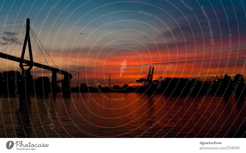 Köhlbrandbrücke II Wasser Himmel Sonnenaufgang Sonnenuntergang Flussufer Stadt Hafenstadt Brücke Architektur Verkehrswege Schifffahrt Kitsch schön Stimmung