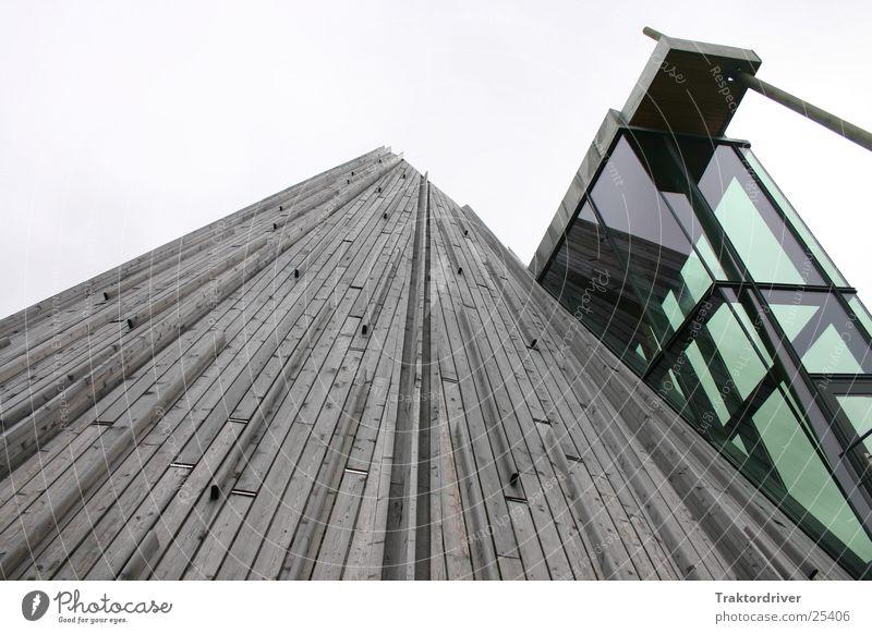 Himmelwärts alt Holz Architektur Glas modern Gegenteil