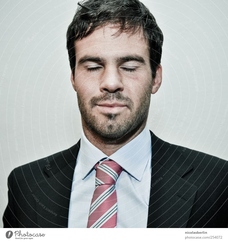 Montags Portrait 10 Mensch Mann Jugendliche Erwachsene träumen Arbeit & Erwerbstätigkeit maskulin Behaarung Erfolg schlafen 18-30 Jahre Junger Mann Bart Anzug Handel Verzweiflung