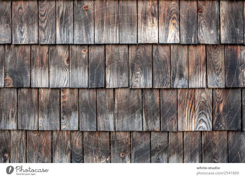 Holz vor der Hüttn Haus Geborgenheit Dachziegel Holzschindel Architektur Hütte Hüttenferien Tradition Wandverkleidung Fassadenverkleidung Strukturen & Formen