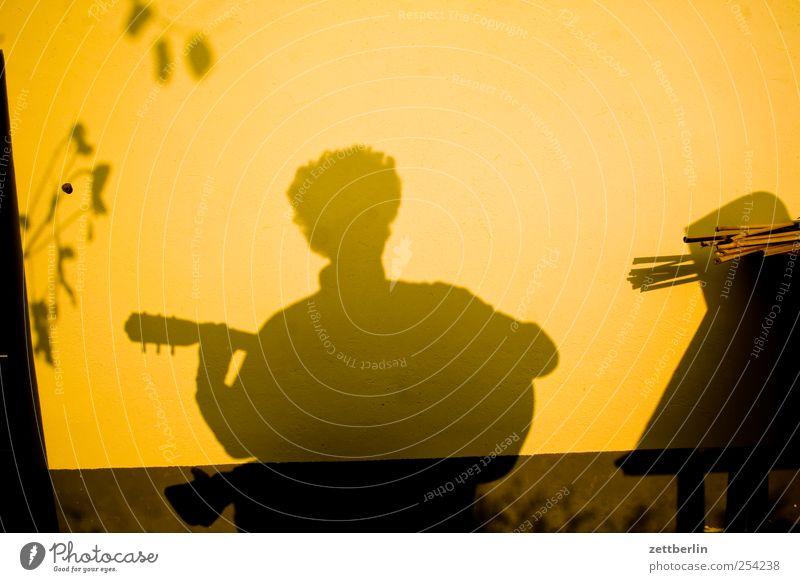 Zweitausendfünfhundert Freizeit & Hobby Spielen Sonne wandern Garten Mensch 1 Kultur Jugendkultur Musik Konzert Sänger Musiker Gitarre Natur Herbst Wetter Blatt