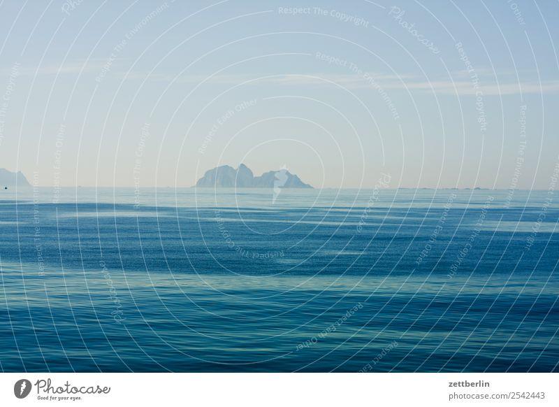 Moskenstraumen again Himmel Natur Ferien & Urlaub & Reisen Himmel (Jenseits) Wasser Landschaft Meer Reisefotografie Ferne Textfreiraum Wasserfahrzeug Horizont
