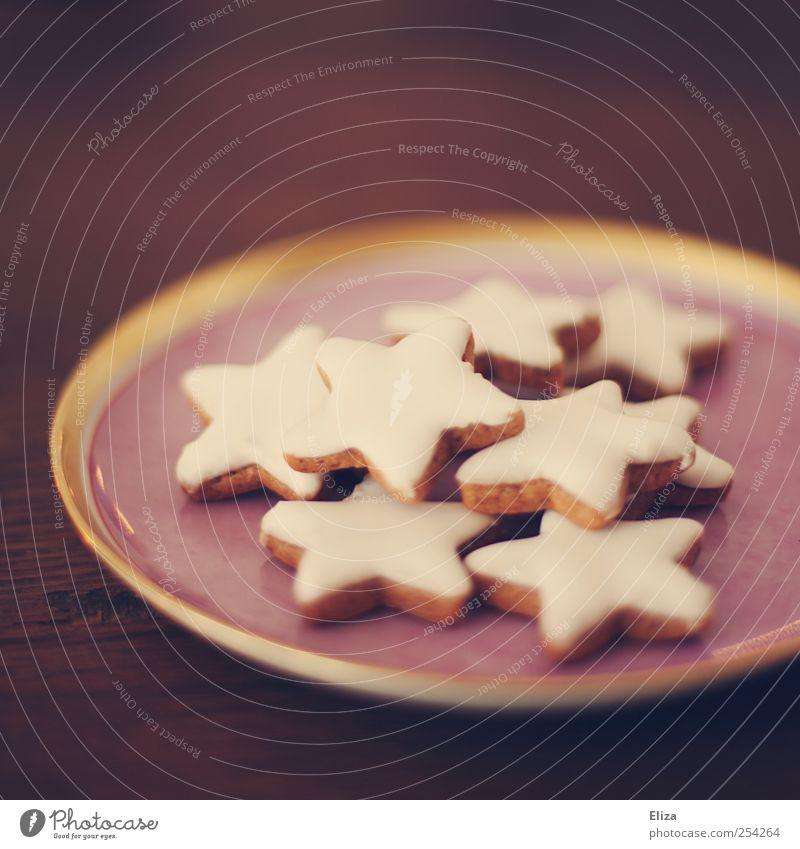 Ein rosa Teller mit leckeren Zimtsternen darauf. Weihnachten. Plätzchen Weihnachten & Advent gemütlich Süßwaren schön Stern (Symbol) Weihnachtsgebäck