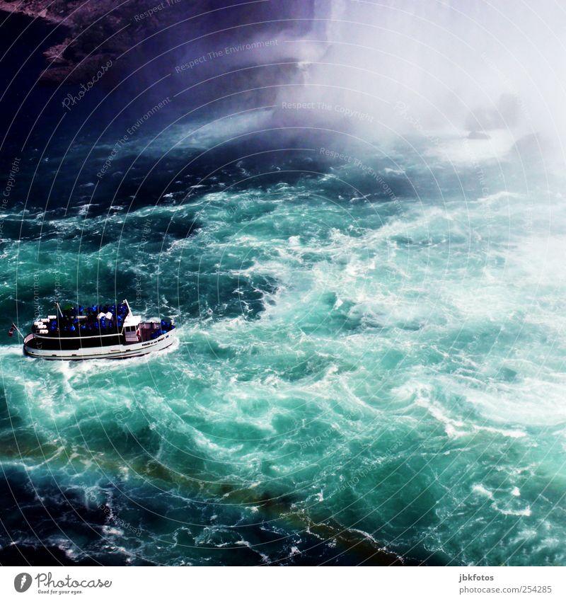 Niagara Falls Natur Wasser Ferien & Urlaub & Reisen Umwelt Wellen Kraft Abenteuer Tourismus Fluss Urelemente Wasserfall Regenbogen Euphorie Gischt Schaumblase Wasserkraftwerk