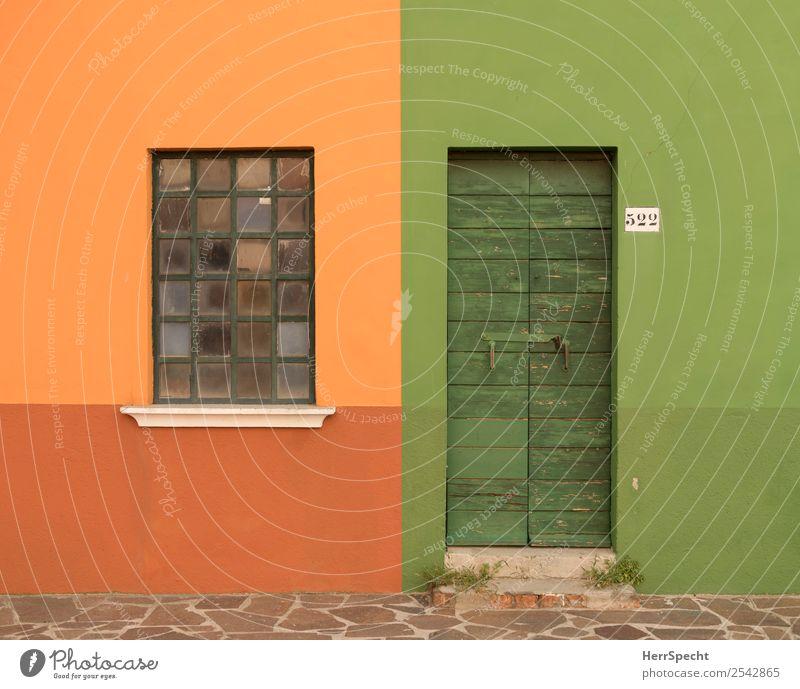 Color-blocking Venedig Burano Fischerdorf Altstadt Haus Bauwerk Gebäude Mauer Wand Fassade Fenster Tür Ziffern & Zahlen Sauberkeit Stadt grün orange geschlossen