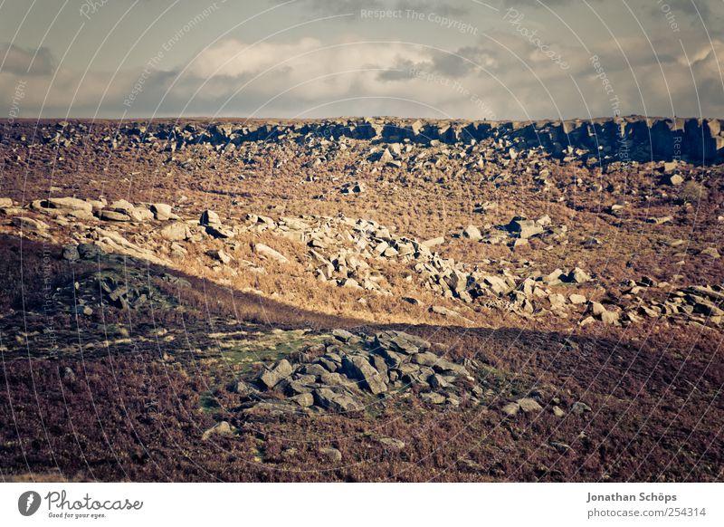Peak District VI Umwelt Natur Landschaft Erde Himmel Horizont Klima Wetter Hügel Felsen Berge u. Gebirge Vulkan Schlucht trist trocken leer gefährlich Stein