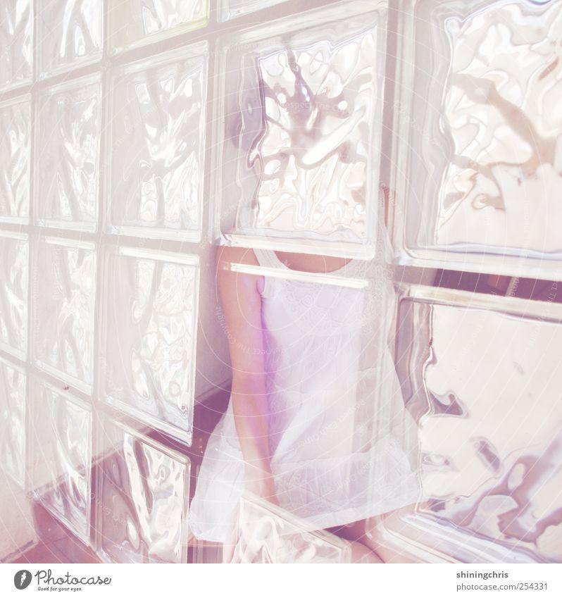 fade away Mensch Jugendliche feminin Fenster Gefühle Erwachsene Stimmung hell Glas außergewöhnlich Romantik Kleid zart 18-30 Jahre Doppelbelichtung durchsichtig