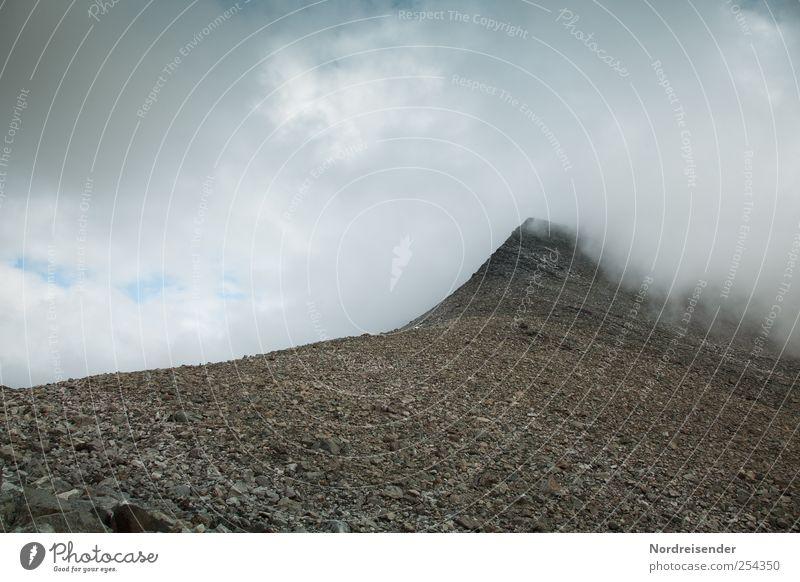 Wege nach oben.... Natur Ferien & Urlaub & Reisen Wolken Einsamkeit Ferne Landschaft Berge u. Gebirge Wege & Pfade Stein Wetter Ausflug wandern Abenteuer Klima