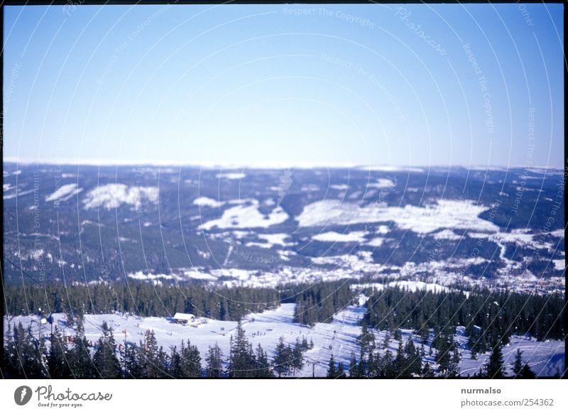 irgendwo in Norwegen Natur Ferien & Urlaub & Reisen Erholung Landschaft Winter Wald Berge u. Gebirge Schnee natürlich Horizont Eis Freizeit & Hobby glänzend Tourismus Schönes Wetter einzigartig