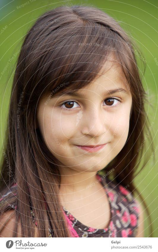 beiläufig schönes Mädchen Spielen Kind Schule Mensch Baby Familie & Verwandtschaft Kindheit Lippen Zähne Mode klein rosa weiß Reinheit unschuldig reizvoll
