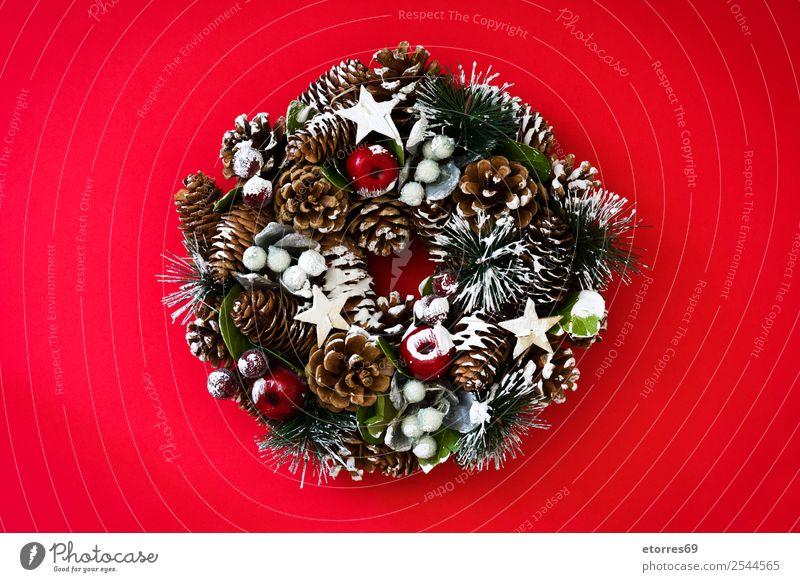 Weihnachtskranz Winter Dekoration & Verzierung Feste & Feiern Weihnachten & Advent Ornament grün rot Tradition Kranz Dezember Girlande Kiefer Rust Jahreszeiten