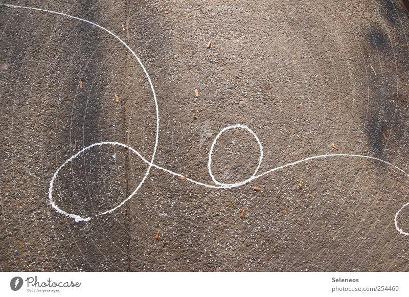 ve Schönes Wetter Straße Stein Beton Kunststoff Zeichen Schriftzeichen Ziffern & Zahlen Ornament Linie oben schreiben Spirale Kreis rund Farbfoto Außenaufnahme