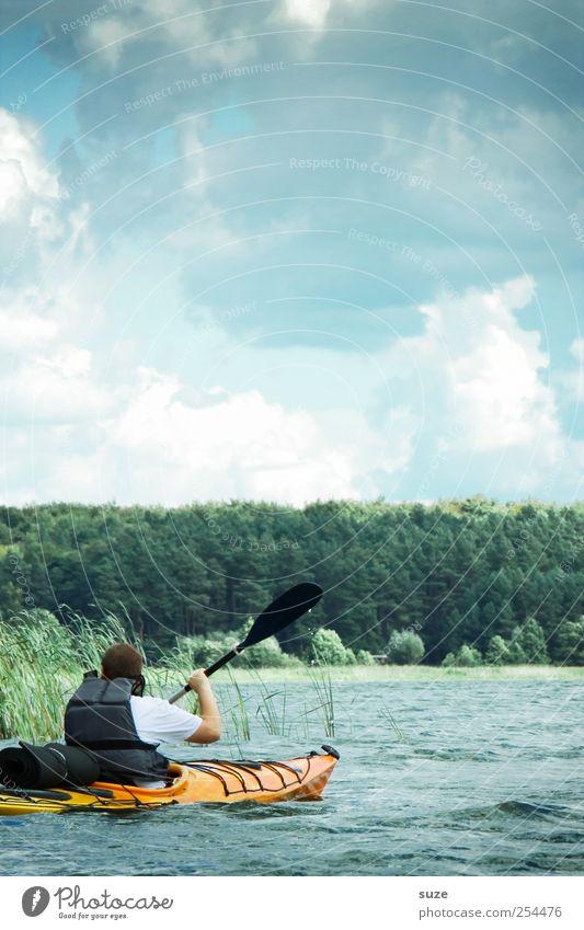 Kanutour Mensch Mann Natur Wasser Ferien & Urlaub & Reisen Wolken Erwachsene Wald Umwelt Landschaft Bewegung See Klima Freizeit & Hobby maskulin Ausflug