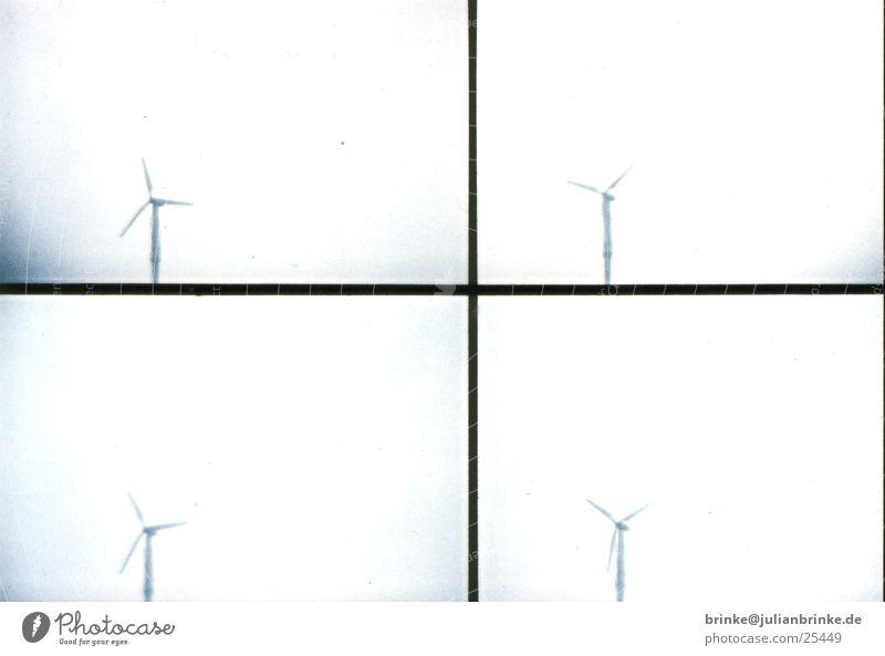 Windenergie Himmel weiß blau grau Energiewirtschaft Elektrizität drehen alternativ produzieren Meerschweinchen Krefeld