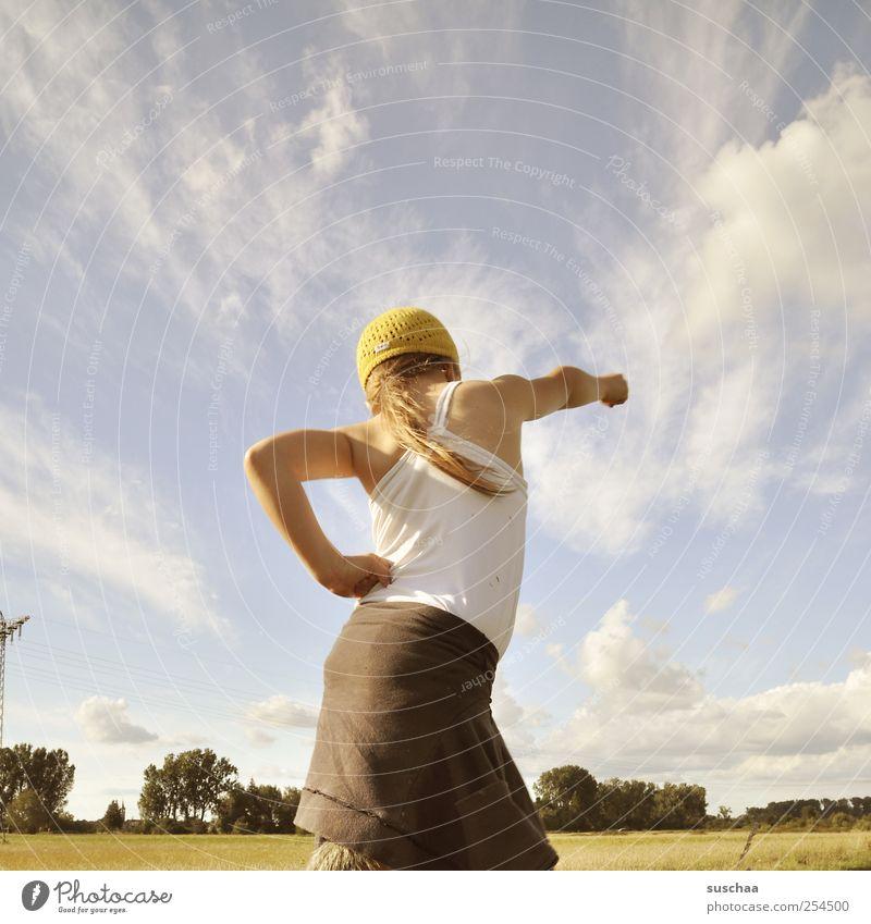 frühsport Sport Fitness Sport-Training Mädchen Kind Natur Haut Kopf Haare & Frisuren Rücken Arme 3-8 Jahre Umwelt Landschaft Himmel Horizont Sommer