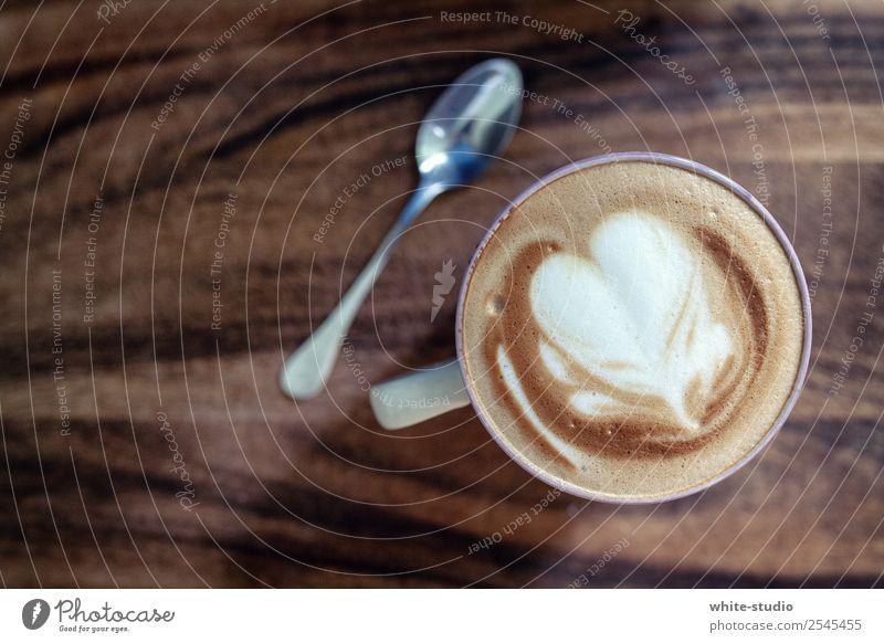 Kaffeezeit Getränk Heißgetränk genießen trinken Cappuccino Kaffeetrinken Kaffeepause Kaffeelöffel Kaffeeschaum Latte Macchiato Latte art Milchfigur Kaffeekunst
