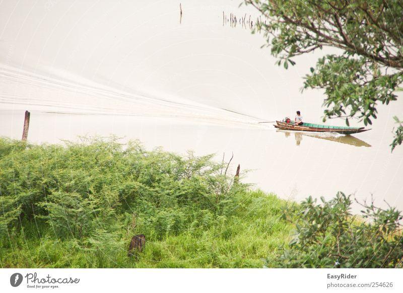 Wasserspur Mensch Natur Jugendliche Baum Pflanze Ferne Landschaft Leben Arbeit & Erwerbstätigkeit Wellen Junger Mann maskulin Tourismus Sträucher Idylle