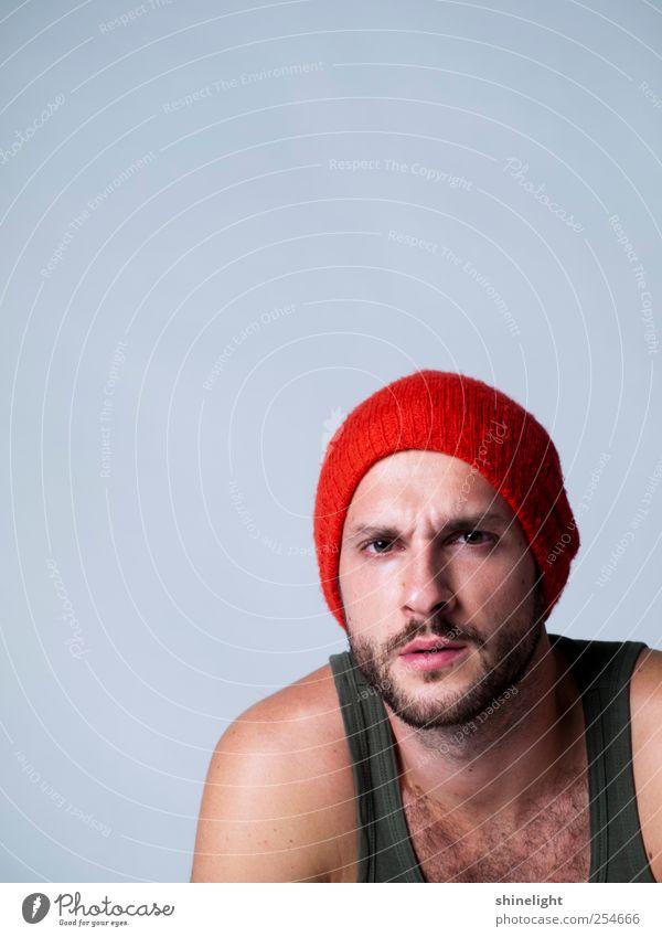 Mensch Jugendliche grün rot Erwachsene Stimmung frei Kommunizieren Neugier geheimnisvoll 18-30 Jahre Mütze was Glaube Risiko