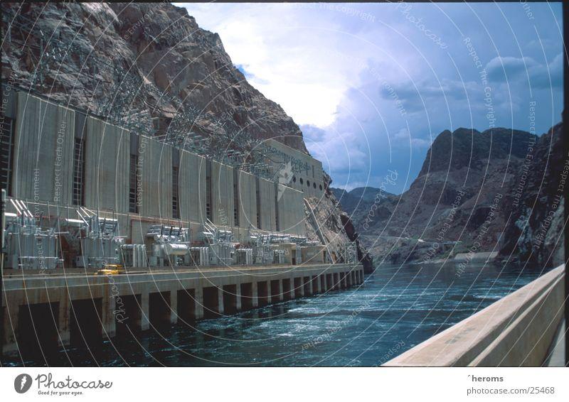 Hoover Dam Industrie USA Nevada Staumauer Stausee Wasserkraftwerk