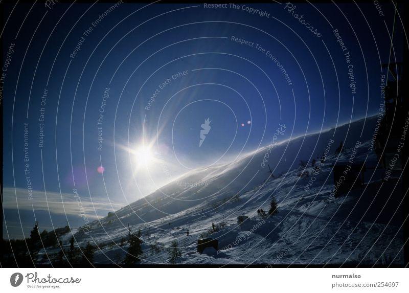 eisiger Stern Natur blau weiß Ferien & Urlaub & Reisen Winter Ferne Landschaft dunkel kalt Schnee Berge u. Gebirge Stimmung Eis Wind Freizeit & Hobby glänzend