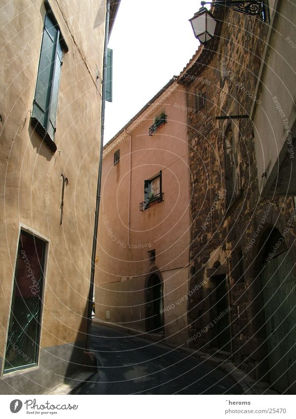 Gassen von Agde Haus Architektur Frankreich schmal Mittelmeer