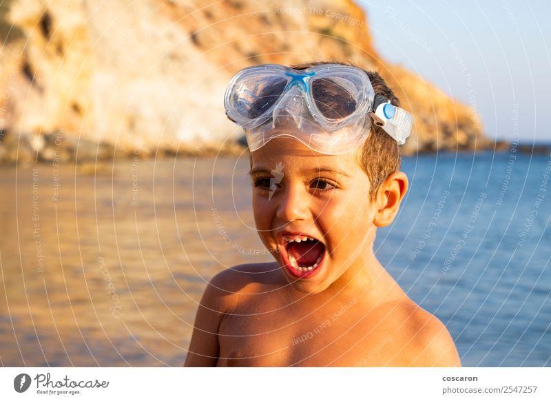 Kind Mensch Ferien & Urlaub & Reisen Sommer blau weiß Meer Erholung Freude Strand Gesicht Lifestyle Gefühle Sport Familie & Verwandtschaft Glück