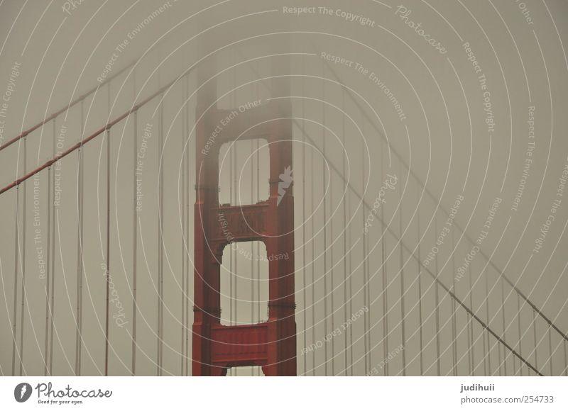 Golden Gate Bridge III rot Ferien & Urlaub & Reisen Ferne Architektur grau Nebel Ausflug Brücke Bauwerk Wahrzeichen Sightseeing Sehenswürdigkeit