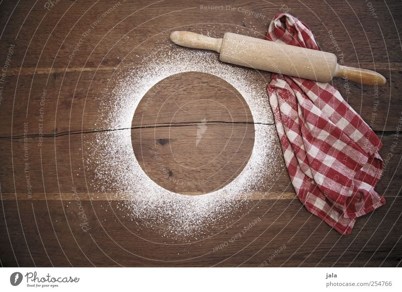 backstube ästhetisch Kochen & Garen & Backen Holztisch Küchenhandtücher Nudelholz Puderzucker