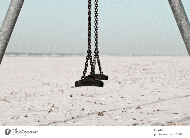Spiekeroog * Strandschaukel* blau weiß Sonne Ferien & Urlaub & Reisen Meer Ferne grau Bewegung Sand Küste Metall Stimmung Wellen Tourismus Insel
