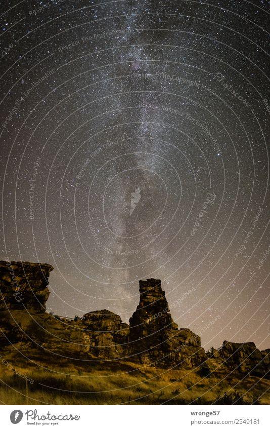 komplex | der Sternenhimmel Himmel Natur Sommer Landschaft schwarz gelb braun Felsen leuchten Erde Luft groß Unendlichkeit Wolkenloser Himmel Nachthimmel