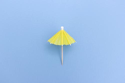 Offenes Sonnenschirmchen Ferien & Urlaub & Reisen Sommerurlaub Sonnenbad Erholung einfach positiv blau Tugend Sicherheit Schutz Pause ruhig Schirm offen
