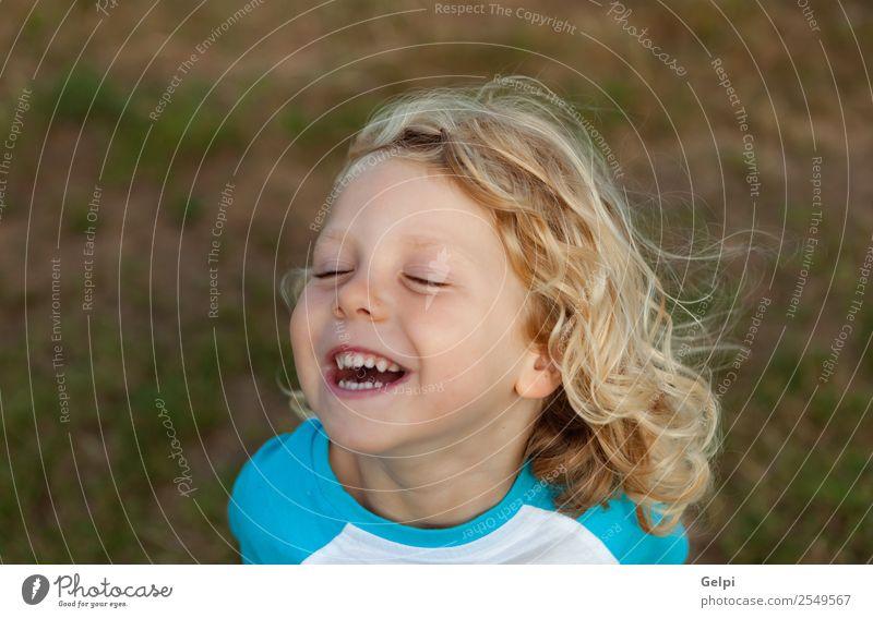 Kleinkind mit langem blondem Gesicht Glück schön Sommer Kind Mensch Baby Junge Mann Erwachsene Kindheit Umwelt Natur Pflanze Lächeln klein lustig natürlich