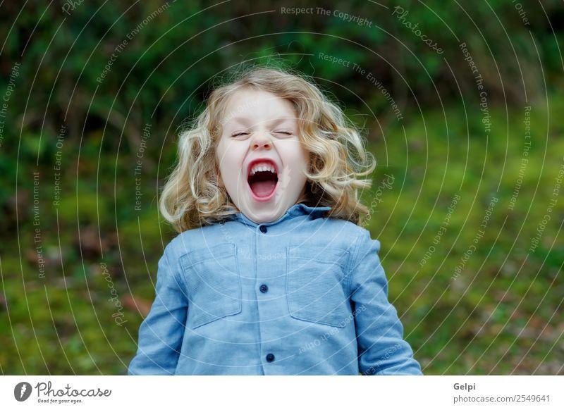 blondes Kind Glück schön Gesicht Sommer Mensch Baby Junge Mann Erwachsene Kindheit Umwelt Natur Pflanze Lächeln klein lang lustig natürlich niedlich verrückt