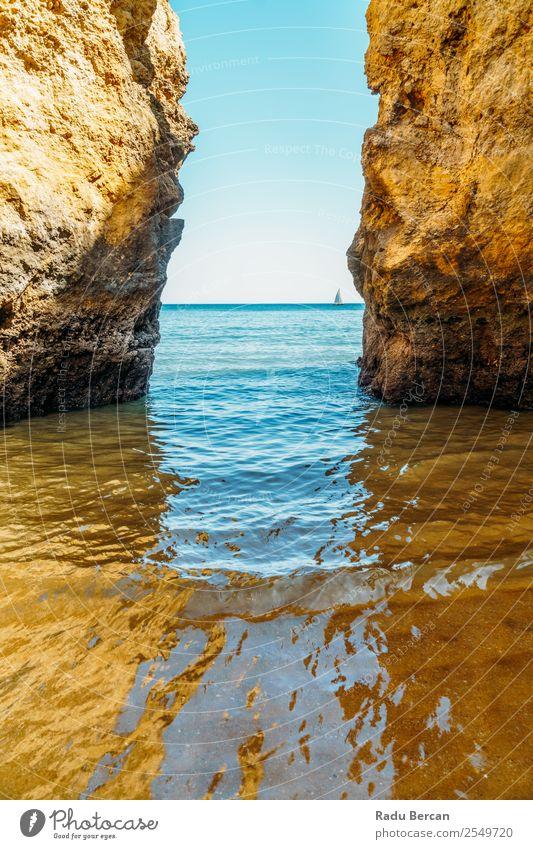 Felsen und Meereslandschaft in Lagos, Algarve von Portugal Ferien & Urlaub & Reisen Tourismus Abenteuer Ferne Freiheit Sommer Sommerurlaub Strand Wellen Umwelt