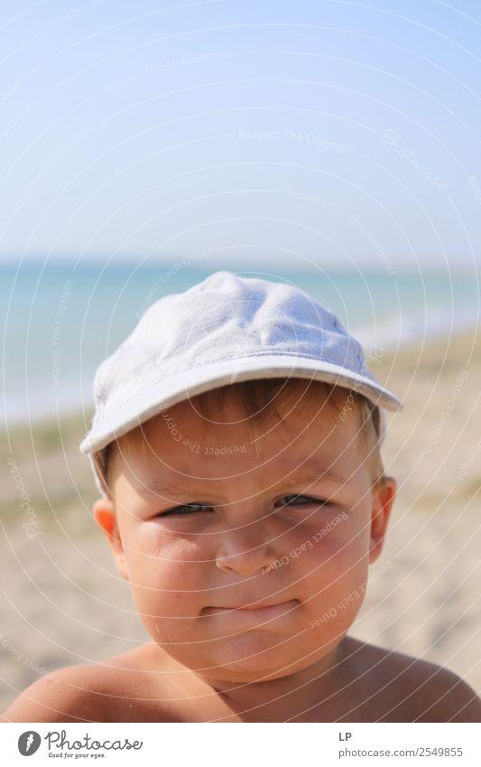 Lustiges Gesicht Lifestyle Freude Kindererziehung Bildung Mensch Junge Eltern Erwachsene Großeltern Senior Familie & Verwandtschaft Kindheit Leben authentisch
