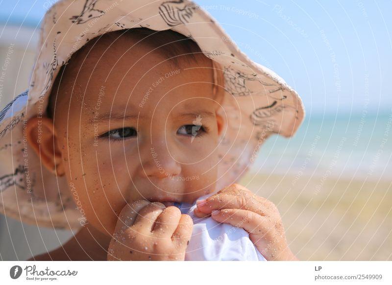 Geschmack Lifestyle Kindererziehung Mensch feminin Baby Mädchen Familie & Verwandtschaft Kindheit Leben Gefühle Stimmung Wahrheit Ehrlichkeit Neugier Interesse