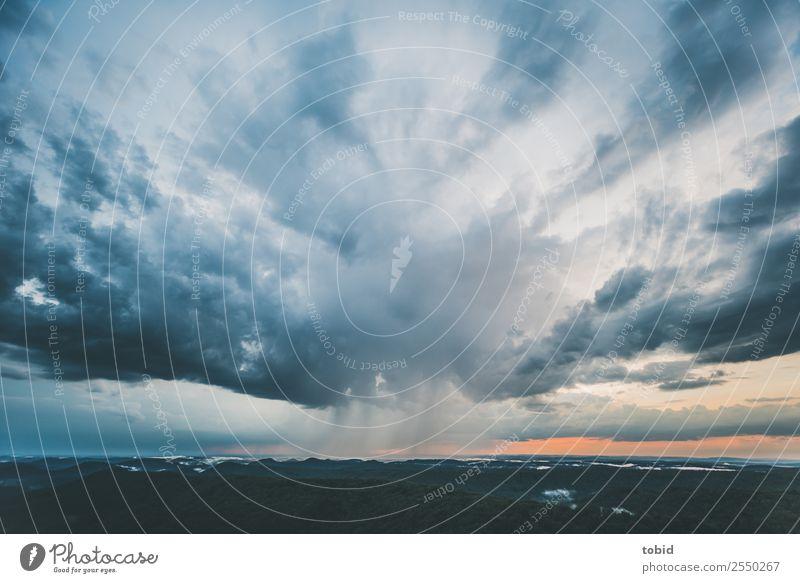 Gewitterwolken No.2 Natur Landschaft Pflanze Urelemente Himmel Wolken Horizont Wetter schlechtes Wetter Unwetter Regen Wald Hügel Berge u. Gebirge Gipfel